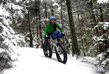 Vélo hivernal au Parc de la gorge de Coaticook